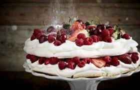 Image for 'Winter berry pavlova'