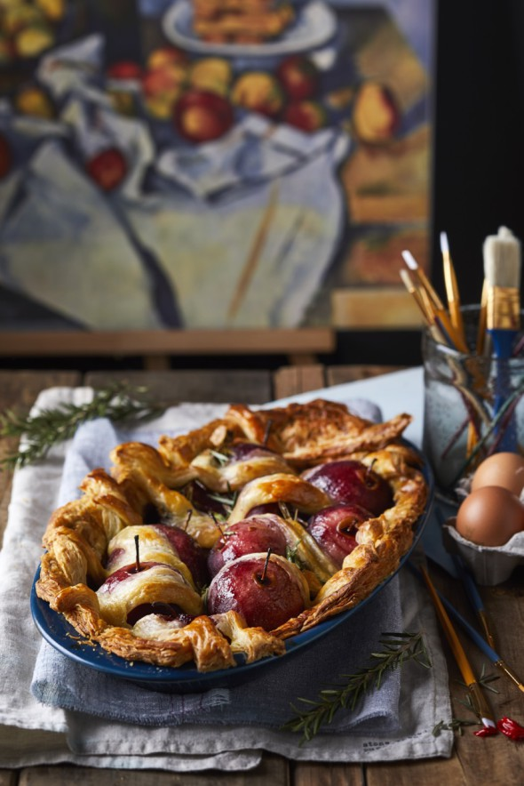 Image for 'Apple and rosemary pie'